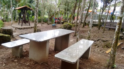 Banco e mesas